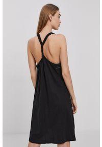 Protest - Sukienka. Kolor: czarny. Materiał: dzianina. Długość rękawa: na ramiączkach. Wzór: gładki. Typ sukienki: rozkloszowane #3