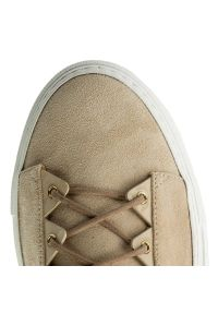 Beżowe buty sportowe Loriblu