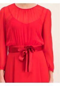 iBlues Sukienka codzienna 72263096 Czarny Regular Fit. Okazja: na co dzień. Kolor: czarny. Typ sukienki: proste. Styl: casual #4