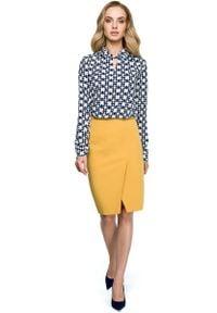 MOE - Żółta Ołówkowa Spódnica do Kolan z Zakładką. Kolor: żółty. Materiał: wiskoza, poliester, elastan. Długość: do kolan