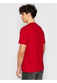 Guess T-Shirt M1GI89 K8FQ1 Czerwony Regular Fit. Kolor: czerwony
