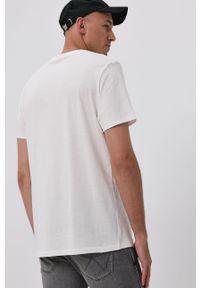 Wrangler - T-shirt. Okazja: na co dzień. Kolor: biały. Wzór: nadruk. Styl: casual