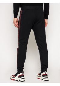 Czarne spodnie dresowe Rage Age