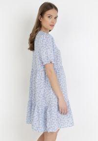 Born2be - Jasnoniebieska Sukienka Calilane. Kolor: niebieski