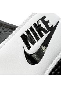 Białe klapki na basen Nike casualowe, na co dzień