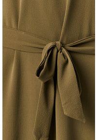 Oliwkowa sukienka Jacqueline de Yong prosta, mini, casualowa, z okrągłym kołnierzem