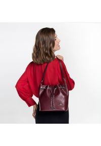 Czerwona torebka worek Wittchen matowa, mała, w paski #6