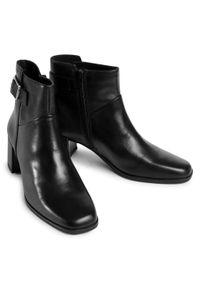 vagabond - Botki VAGABOND - Stina 5009-101-20 Black. Kolor: czarny. Materiał: skóra. Szerokość cholewki: normalna. Obcas: na obcasie. Wysokość obcasa: średni