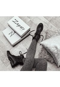 Czarne botki Zapato wąskie, z motywem zwierzęcym, na zimę