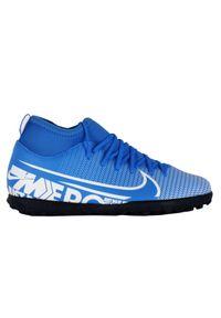 Buty dla dzieci do piłki nożnej Nike Mercurial Superfly 7 Club TF AT8156. Materiał: syntetyk, guma, skóra. Szerokość cholewki: normalna. Sport: piłka nożna