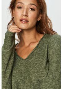 Zielony sweter Vero Moda na co dzień, z długim rękawem