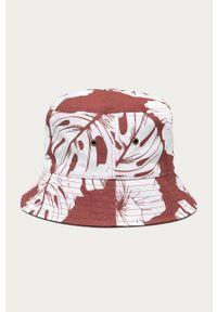 Różowy kapelusz Roxy