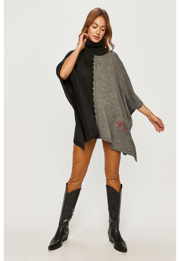 Czarny sweter Desigual z haftami
