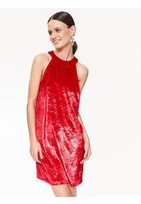 Czerwona sukienka TOP SECRET elegancka, na imprezę