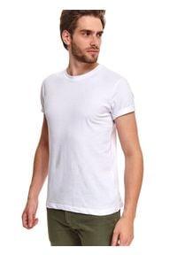 TOP SECRET - T-shirt z gładkiej dzianiny. Okazja: na co dzień. Kolor: biały. Materiał: dzianina. Długość rękawa: krótki rękaw. Długość: krótkie. Wzór: gładki. Styl: casual, klasyczny