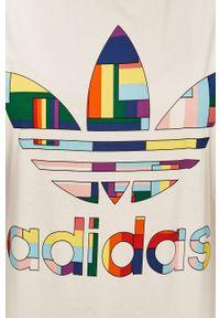 Biała bluzka adidas Originals casualowa, na co dzień, z okrągłym kołnierzem, z nadrukiem