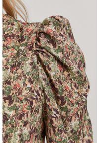 only - Only - Sukienka. Materiał: tkanina. Typ sukienki: dopasowane