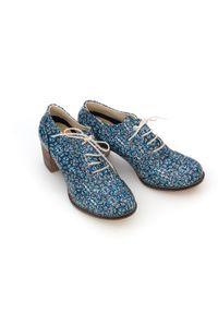 Zapato - sznurowane półbuty na 6 cm słupku - skóra naturalna - model 251 - motyw etniczny. Materiał: skóra. Obcas: na słupku