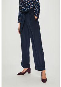 Niebieskie spodnie materiałowe Vero Moda