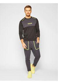 Calvin Klein Performance Bluza 00GMF0W394 Czarny Regular Fit. Kolor: czarny
