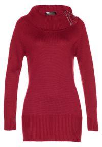 Długi sweter bonprix ciemnoczerwony. Typ kołnierza: golf. Kolor: czerwony. Materiał: materiał, bawełna, akryl. Długość: długie