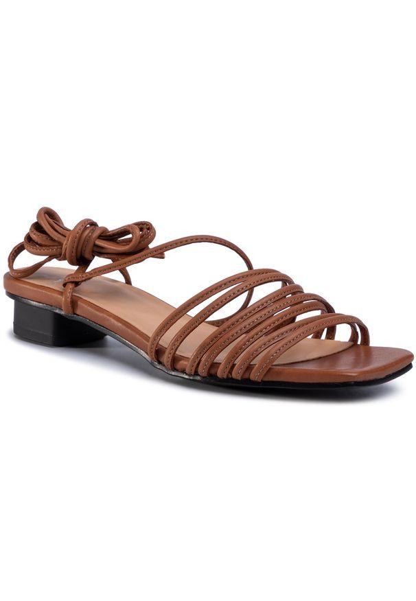 Brązowe sandały vagabond