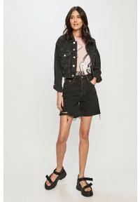Levi's® - Levi's - Szorty jeansowe. Okazja: na co dzień, na spotkanie biznesowe. Stan: podwyższony. Kolor: czarny. Materiał: jeans. Styl: biznesowy, casual