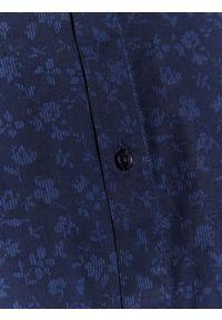 Niebieska koszula TOP SECRET na zimę, z klasycznym kołnierzykiem