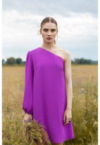 Sukienka wizytowa asymetryczna
