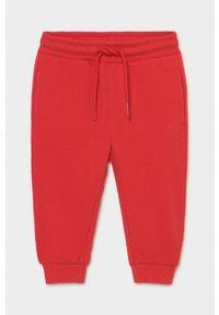 Czerwone spodnie dresowe Mayoral gładkie