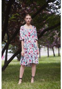 medicine - Medicine - Sukienka Divine Love 2. Kolor: biały. Materiał: tkanina. Typ sukienki: rozkloszowane