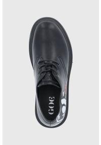 GOE - Półbuty skórzane. Nosek buta: okrągły. Zapięcie: sznurówki. Kolor: czarny. Materiał: skóra