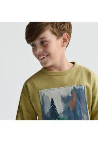 Reserved - Bawełniana bluza z naszywką - Brązowy. Kolor: brązowy. Materiał: bawełna. Wzór: aplikacja