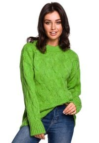 Zielony sweter oversize MOE