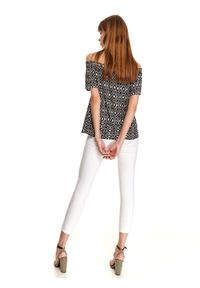 Czarna bluzka TOP SECRET w kolorowe wzory, z krótkim rękawem, casualowa