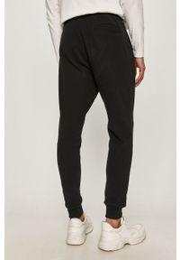 Czarne spodnie dresowe AllSaints