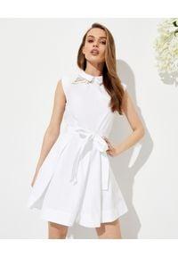 SELF PORTRAIT - Biała sukienka mini z koronką. Kolor: biały. Materiał: koronka. Wzór: koronka. Typ sukienki: dopasowane. Długość: mini