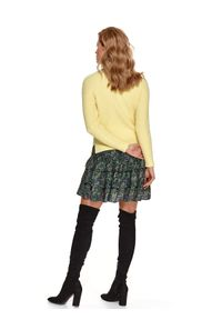 TOP SECRET - Pudełkowy sweter z golfem. Typ kołnierza: golf. Kolor: żółty. Materiał: dzianina. Długość: długie. Wzór: prążki. Sezon: wiosna. Styl: elegancki, wakacyjny