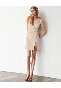 PAPROCKI&BRZOZOWSKI - Beżowa sukienka mini. Kolor: beżowy. Materiał: materiał. Długość: mini