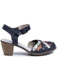 Niebieskie sandały Rieker na obcasie, na średnim obcasie