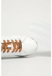 Białe buty sportowe Trussardi Jeans z okrągłym noskiem, z cholewką, na sznurówki