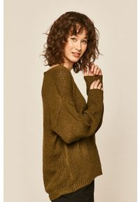 Oliwkowy sweter medicine na co dzień, casualowy