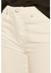 Białe jeansy TOMMY HILFIGER w kolorowe wzory