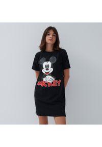 House - Sukienka t-shirtowa Mickey Mouse - Czarny. Kolor: czarny. Wzór: motyw z bajki