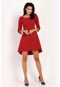 Lou-Lou - Bordo Sukienka z Dłuższym Tyłem w Kontrafałdy. Materiał: elastan, wiskoza, poliester