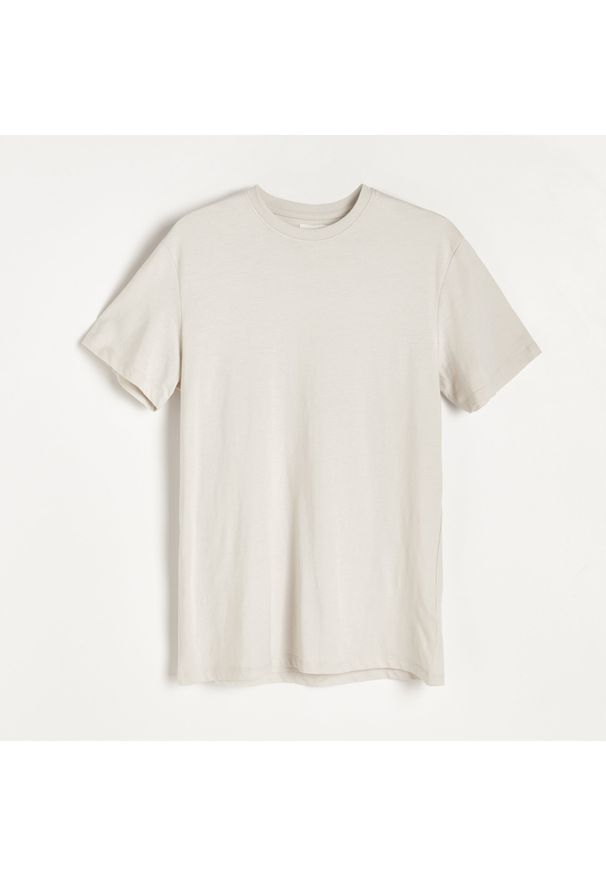 Reserved - Gładki T-shirt Basic - Jasny szary. Kolor: szary. Wzór: gładki