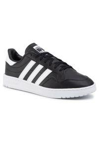 Adidas - Buty adidas - Team Court EF6048 Cblack/Ftwwht/Cblack. Zapięcie: sznurówki. Kolor: czarny. Materiał: skóra ekologiczna. Szerokość cholewki: normalna. Styl: sportowy, klasyczny