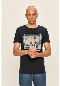Niebieski t-shirt Tom Tailor Denim na co dzień, z okrągłym kołnierzem, casualowy, z nadrukiem