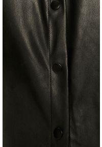 Czarna koszula Jacqueline de Yong na co dzień, z długim rękawem, z klasycznym kołnierzykiem, klasyczna