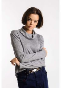 Szary sweter oversize Nommo z golfem